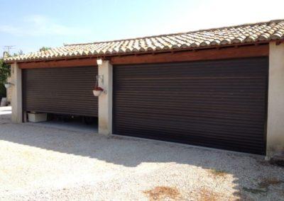 Grande porte de garage enroulable