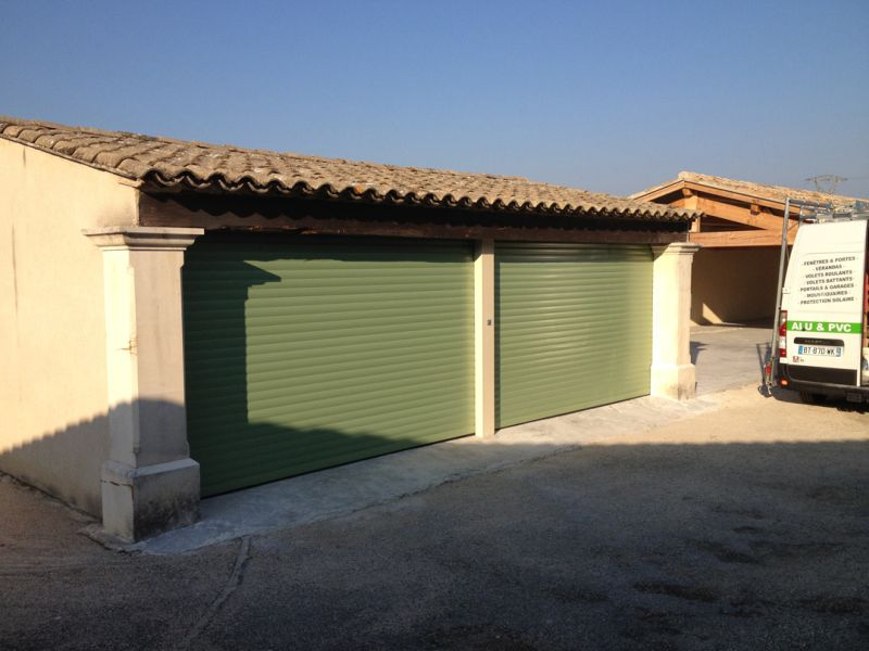 Pose porte garage free porte with pose porte garage free for Porte de garage prix pose