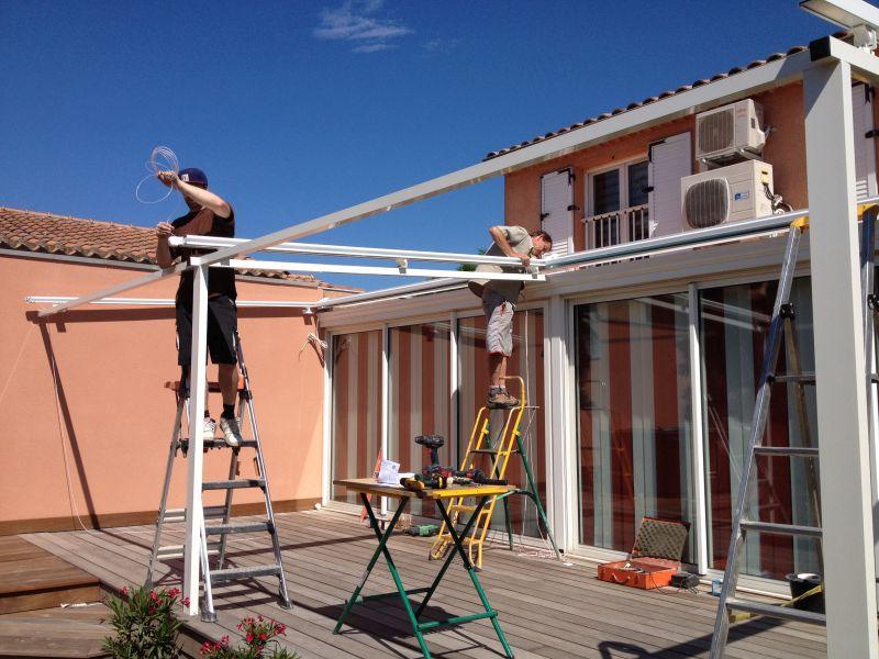 Stores et volets roulants adb menuiserie for Exterieur veranda
